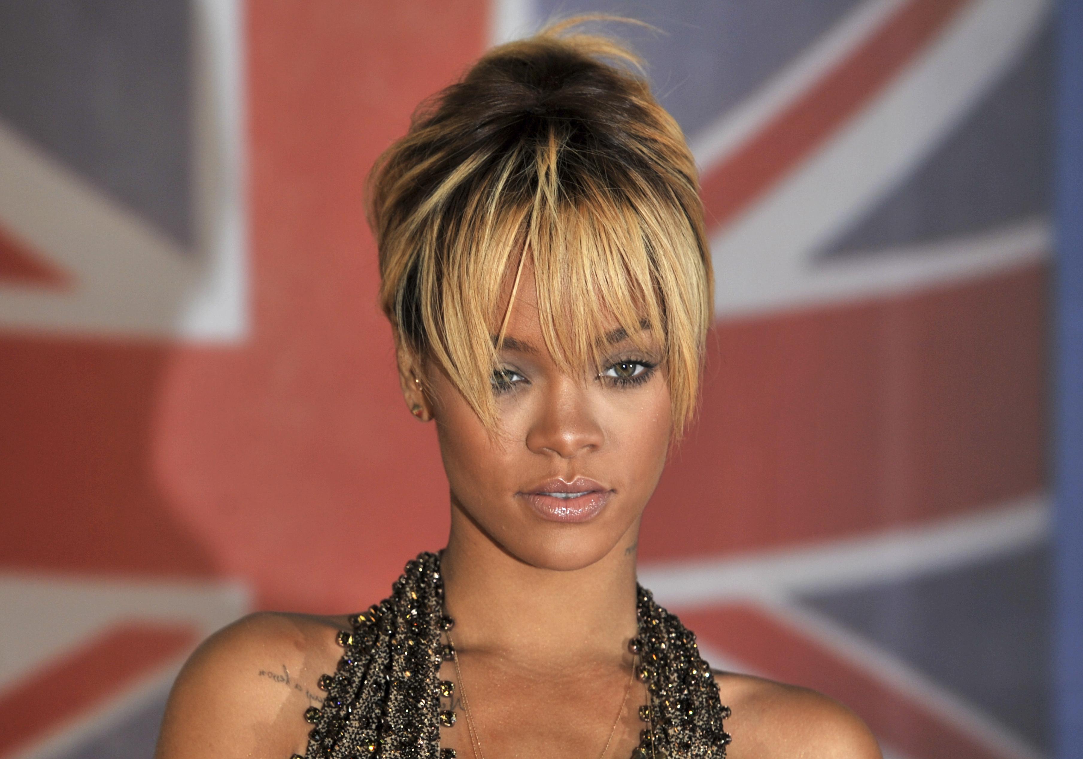Frends Headphones From Shark Tank Are Available Now Rihanna S Already A Fan