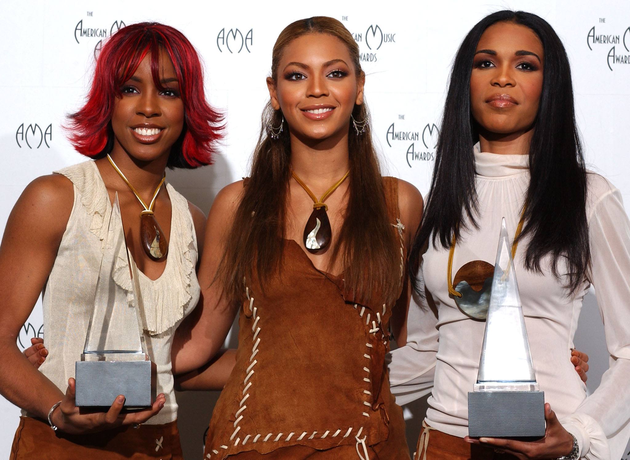 fa997ae09d2a 11 Ways To Channel Destiny s Child In Your Everyday Wardrobe — PHOTOS