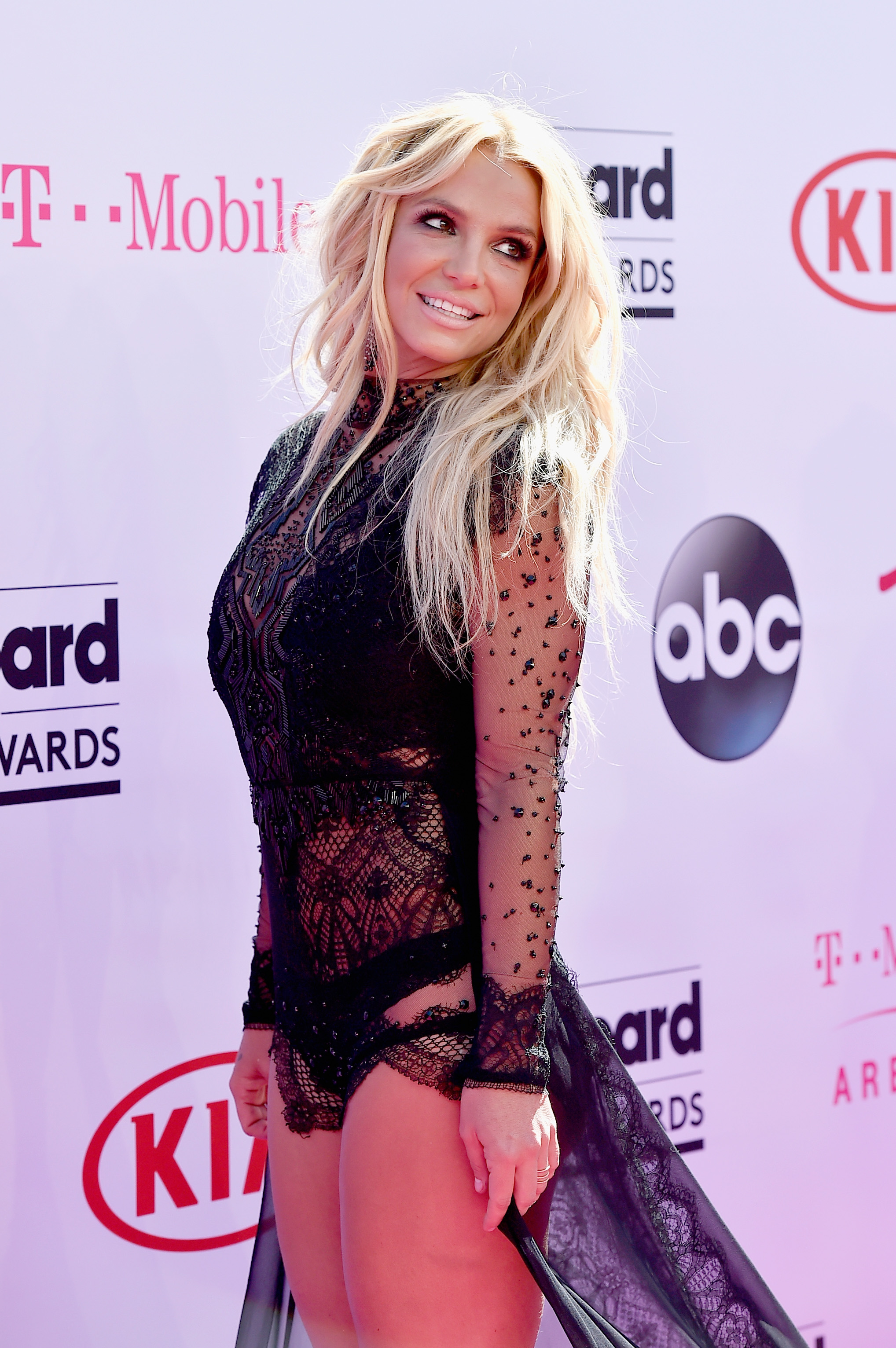 Britney Spears At The 2016 Billboard Music Awards Redefined The Little Black Dress Photos