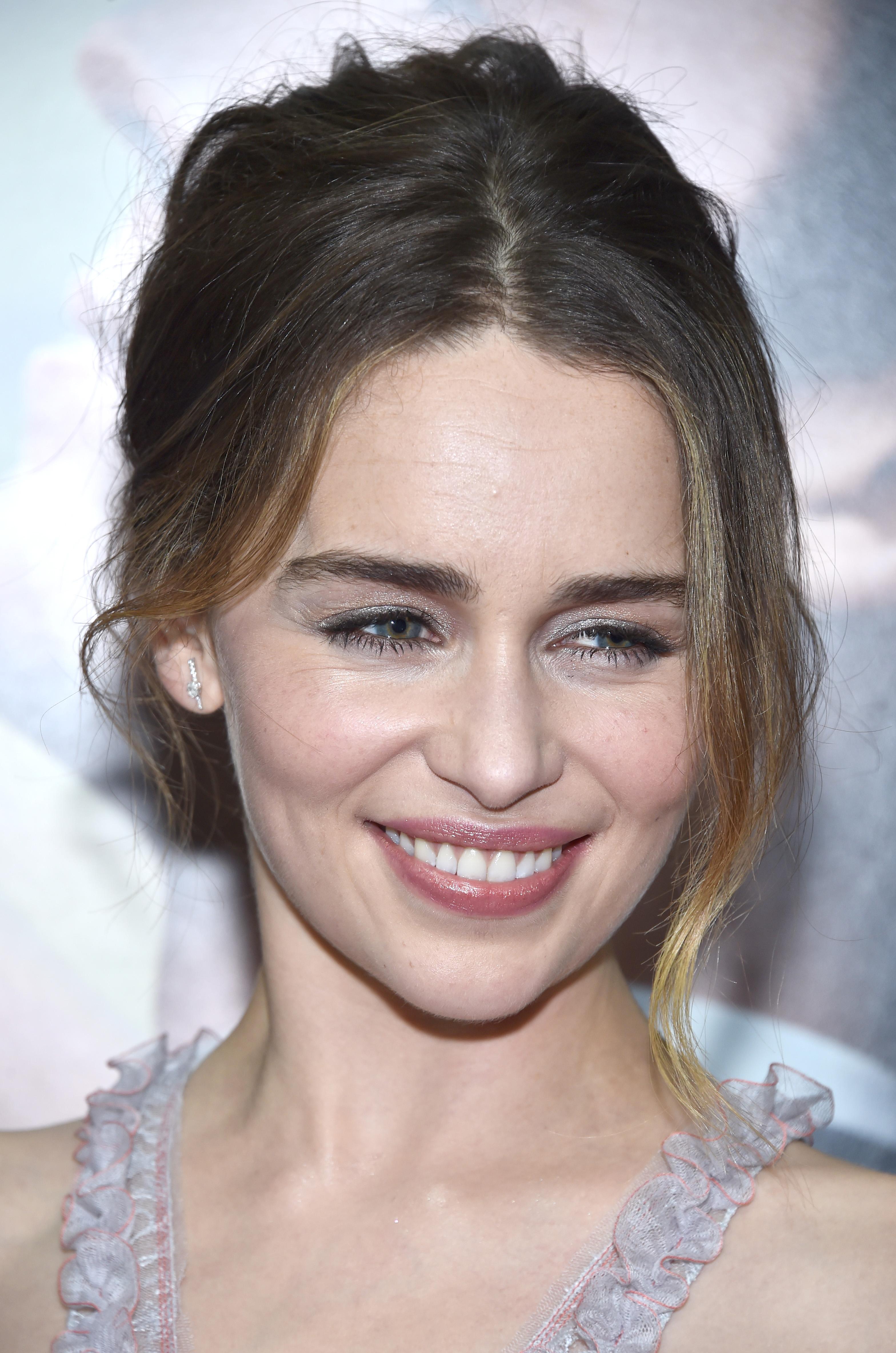 Snapchat Emilia Clarke nude photos 2019