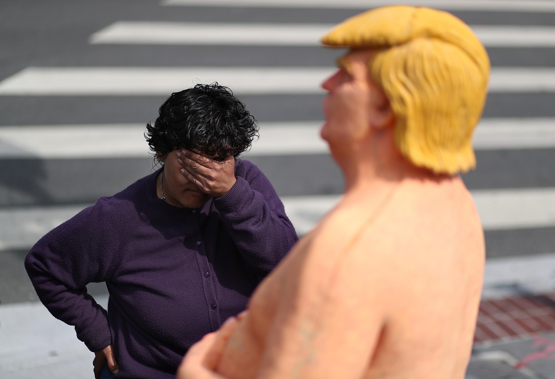 New York Parks Department Mocks Donald Trumps Tiny Hands -8588