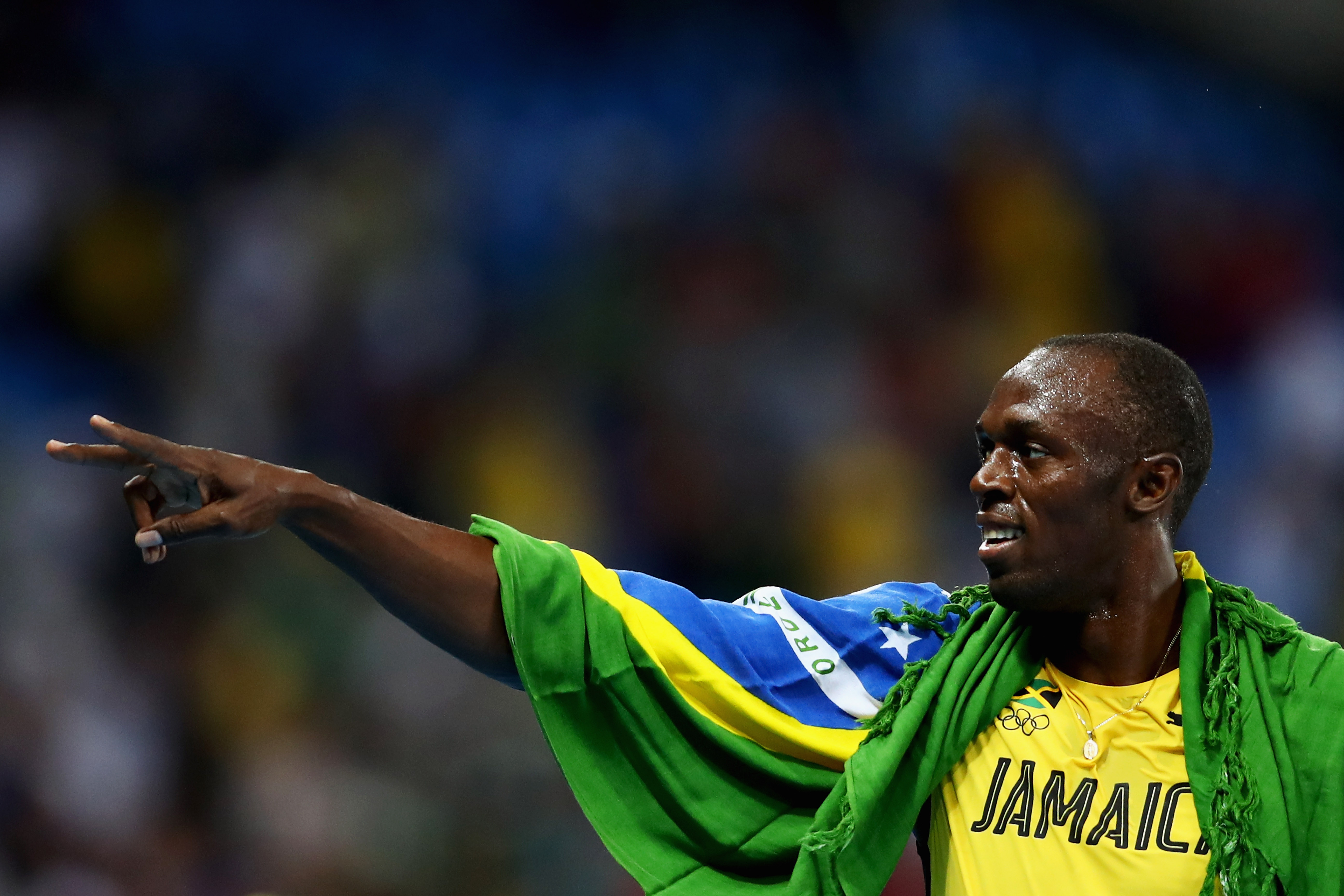 e3518835929 Watch Usain Bolt Imitate LeBron James After Winning Yet Another Gold Medal