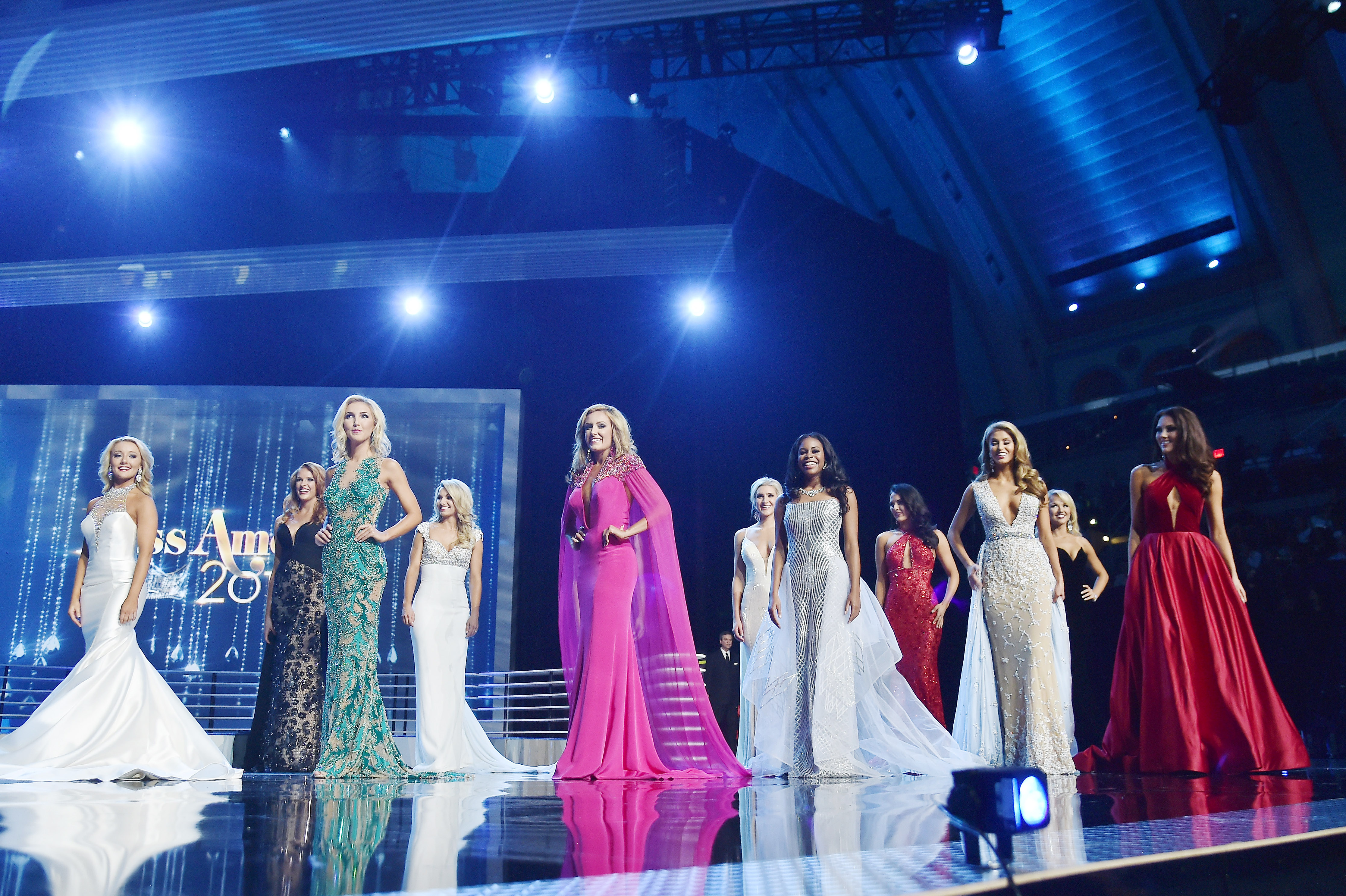 Twitter Reacts To All The Miss America 2017 Gowns Prove That ...