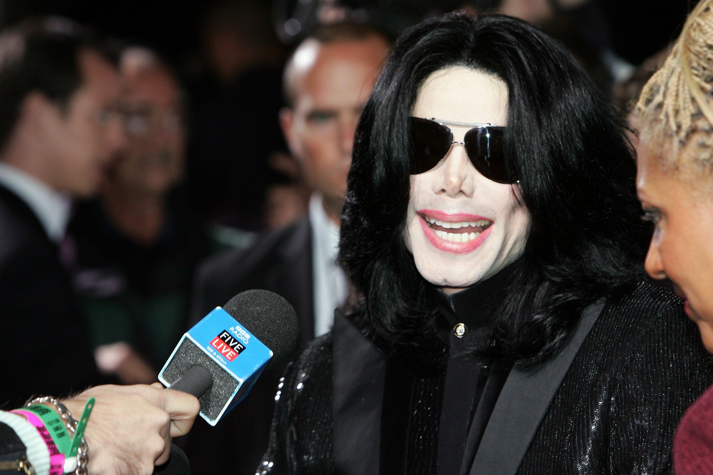 Billboard Awards' Potential Michael Jackson Hologram Could Perform