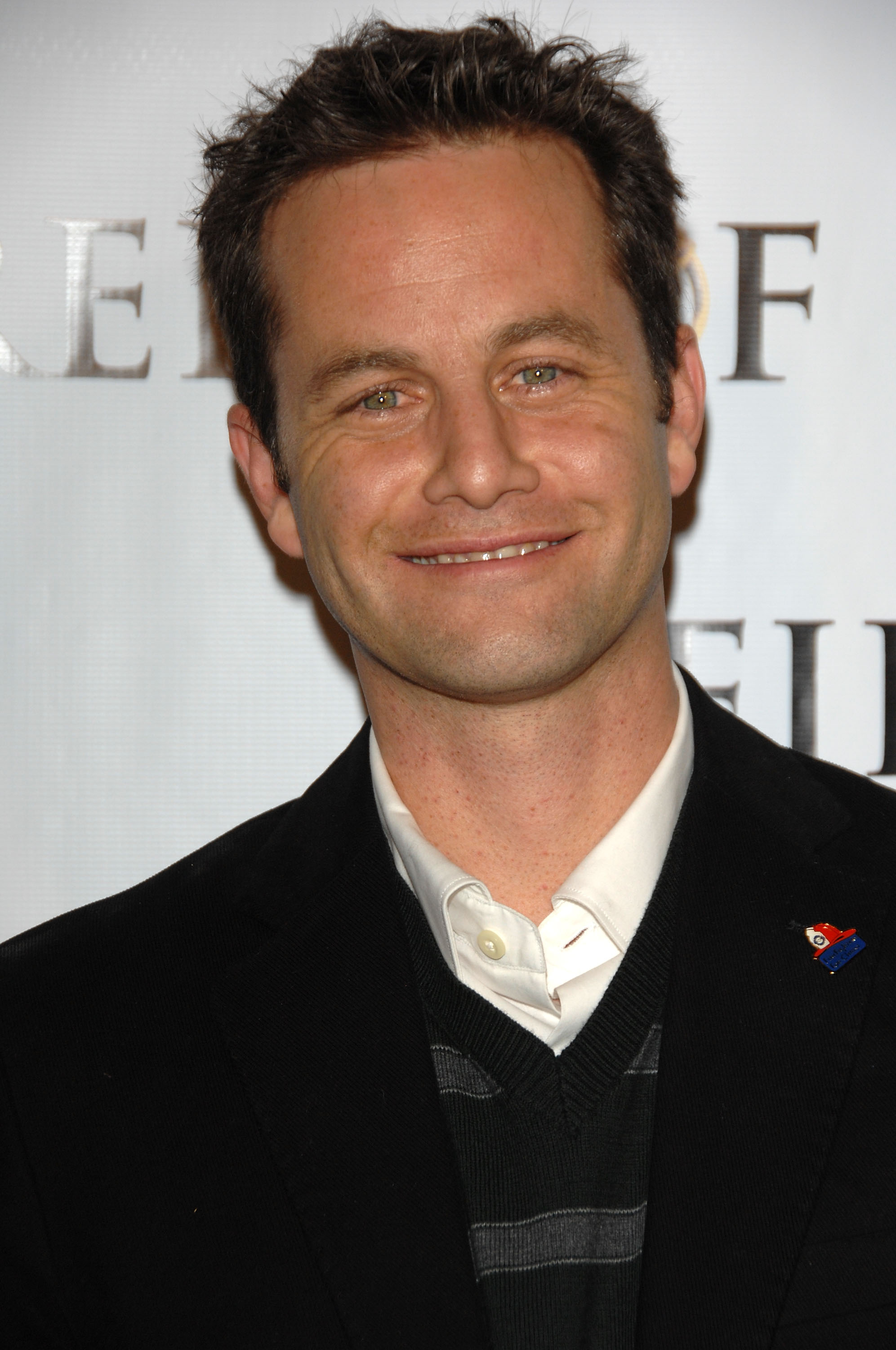 Kirk Cameron\'s \'Saving Christmas\' Movie Is Bad, But Just How Bad Is It?