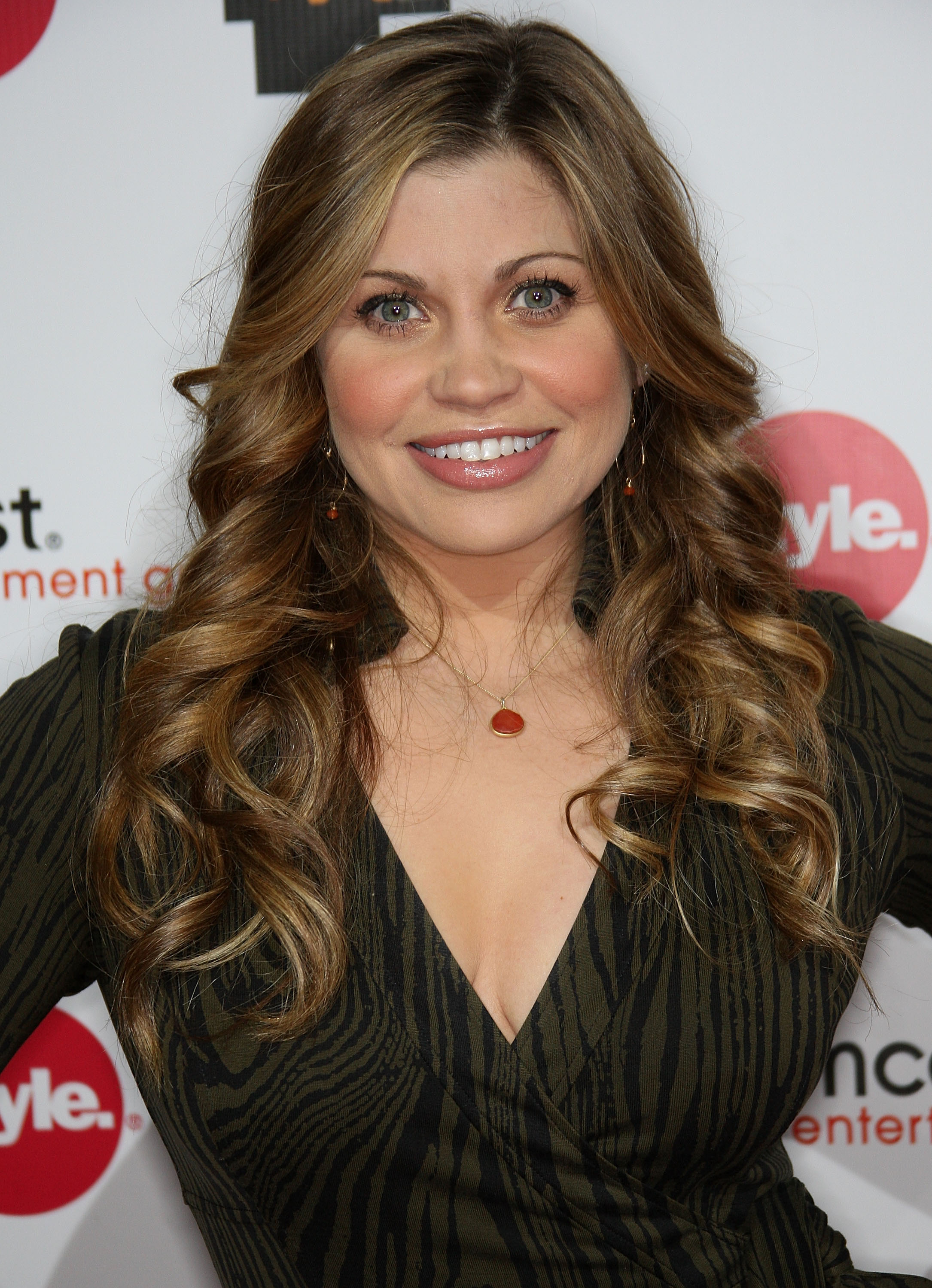 Discussion on this topic: Alice Moran, danielle-fishel/