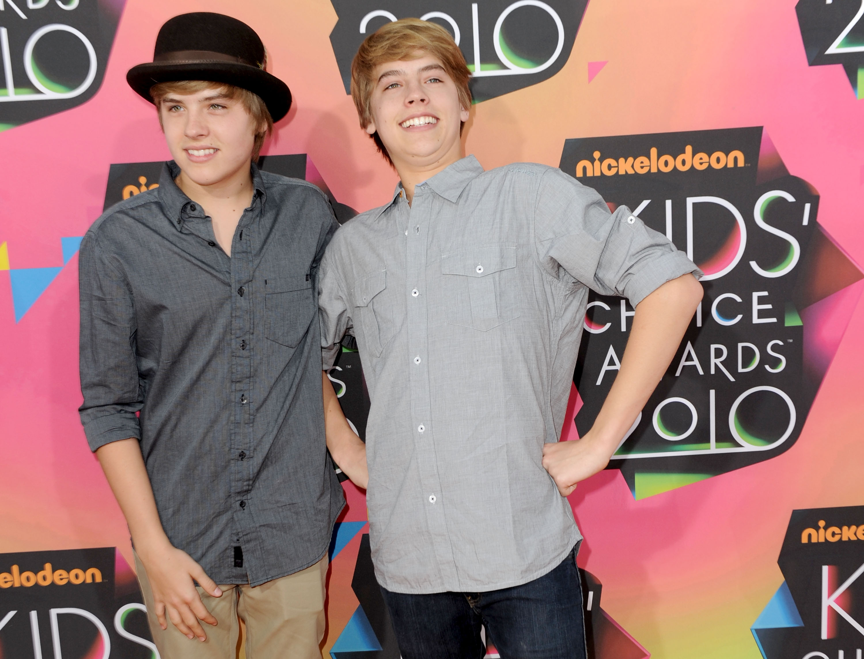 Cole Sprouse Proves Hes The Hotter Twin With Two Simple Pics  Photos-1000