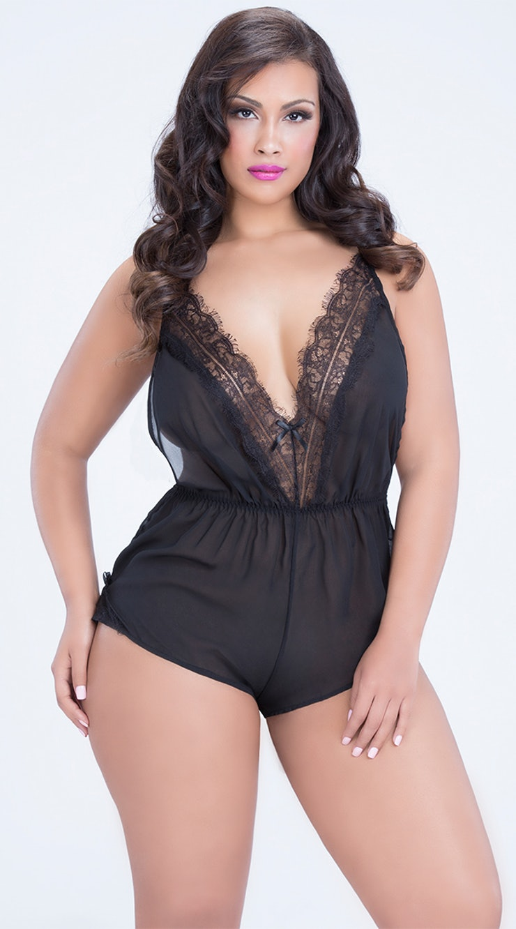 12 Surprising Places To Buy Plus Size Lingerie In A Wide Range Of ...