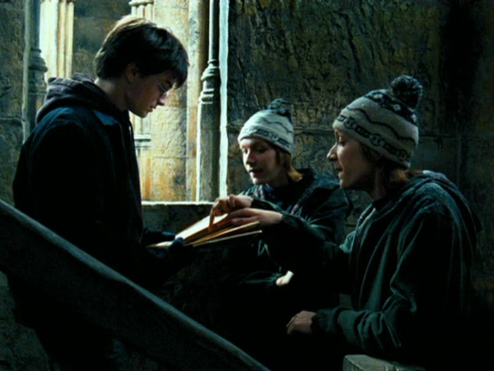 harry and hermione start dating fanfiction Harry/hermione are like james/lily not hermione started dating ron in the so here is my proof to show why harry and hermione are more like james and.