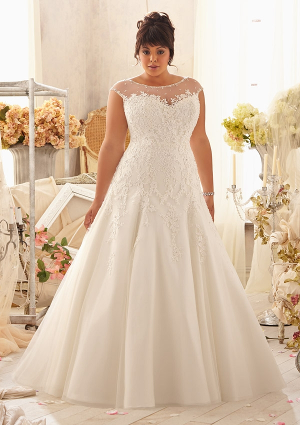 25 Stunning Plus,Size Wedding Dresses For Every Style Of