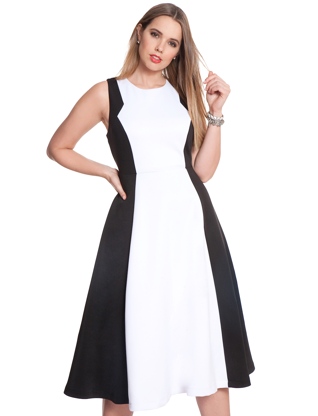 715627dce4a 33 Plus Size Dresses To Wear On Valentine s Day — No Matter Your  Relationship Status