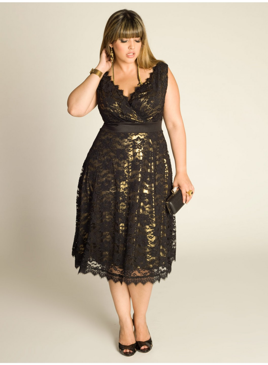 15 Plus Size Holiday Dresses To Get You Through The Season