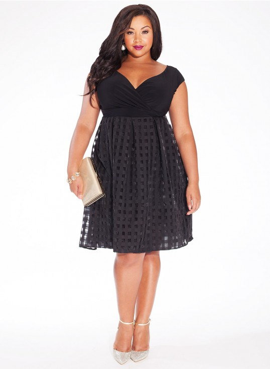 Merveilleux 33 Plus Size Wedding Guest Dresses For Curvy Ladies Attending Autumnal  Nuptials This Fall