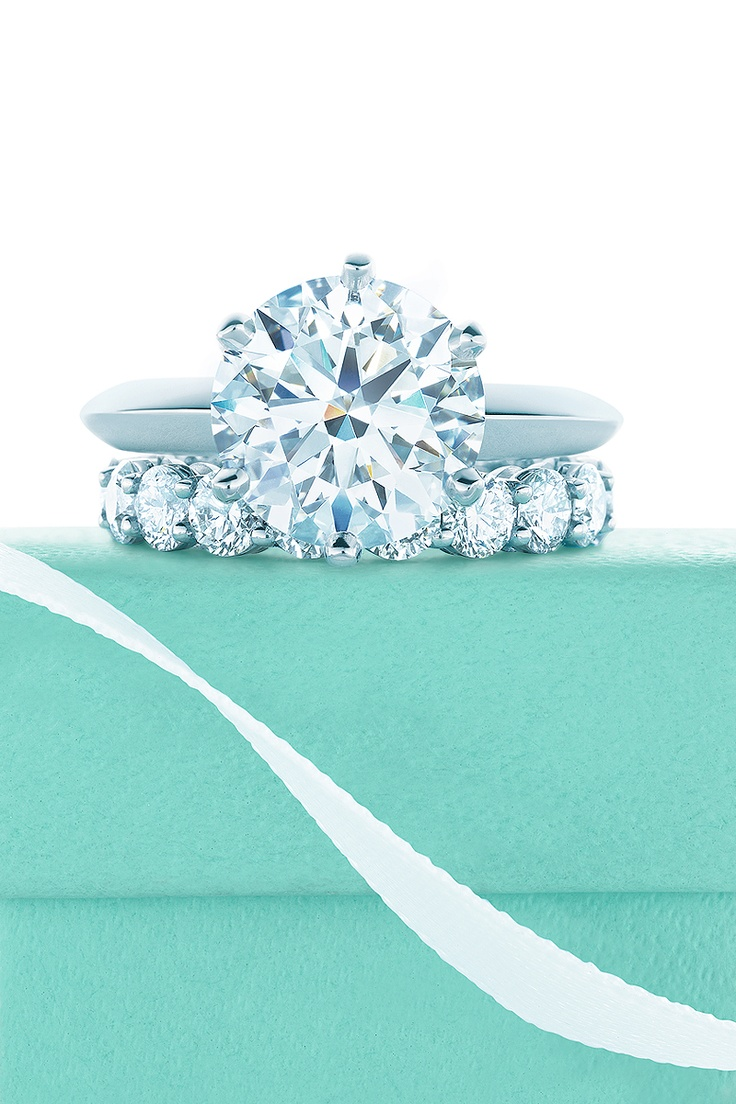 With How Much Money George Clooney Spent On An Engagement Ring You