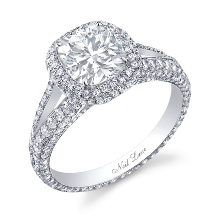 the season 15 couple couldnt make things work but not for lack of expensive jewelry maynards neil lane engagement ring cost 50000 but of course came - Neil Lane Wedding Ring