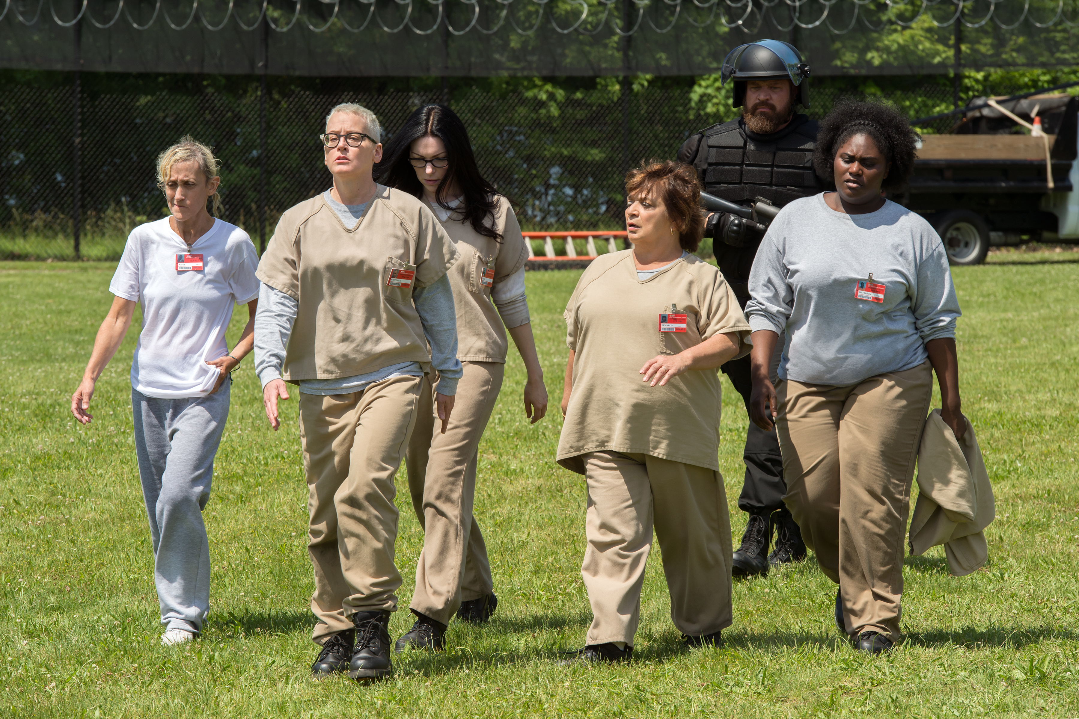 The End Credits Songs In 'Orange Is The New Black' Season 4