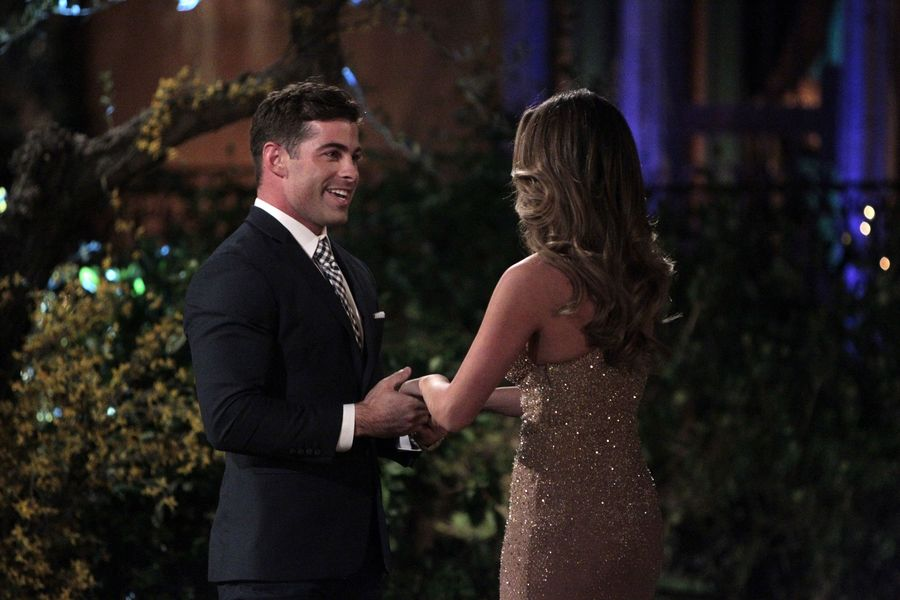 How Tall Is Alex From The Bachelorette He May Be JoJos Perfect Match