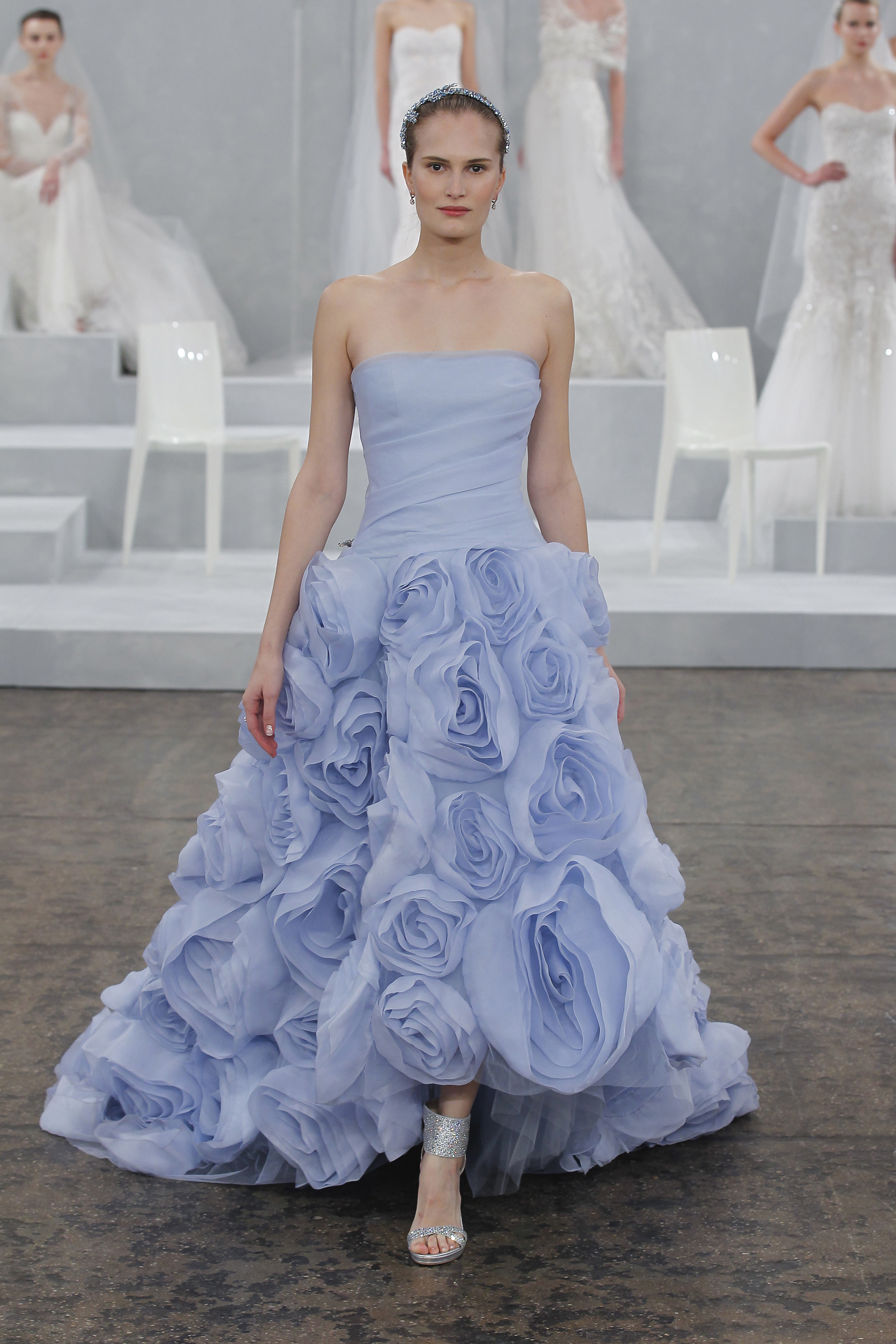 25 Of 2015\'s Best Wedding Dresses to Fulfill The Fantasies of Every ...