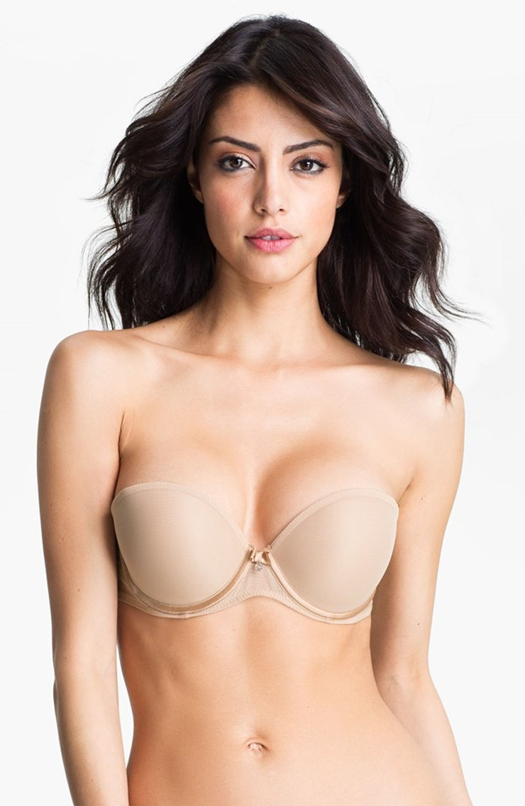 7 Tips for Making a Strapless Bra More Comfortable