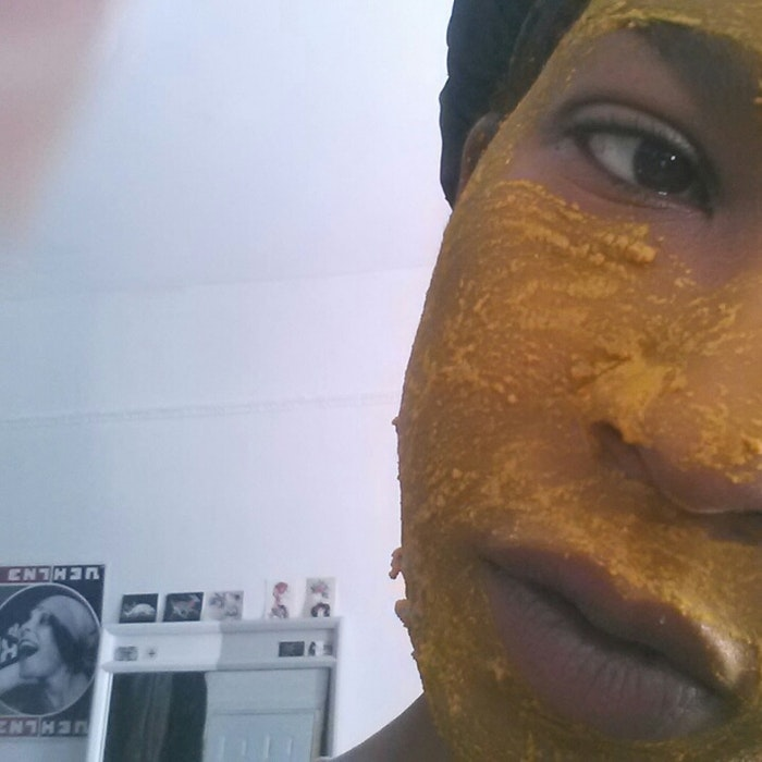 how to get rid of turmeric stains on your face