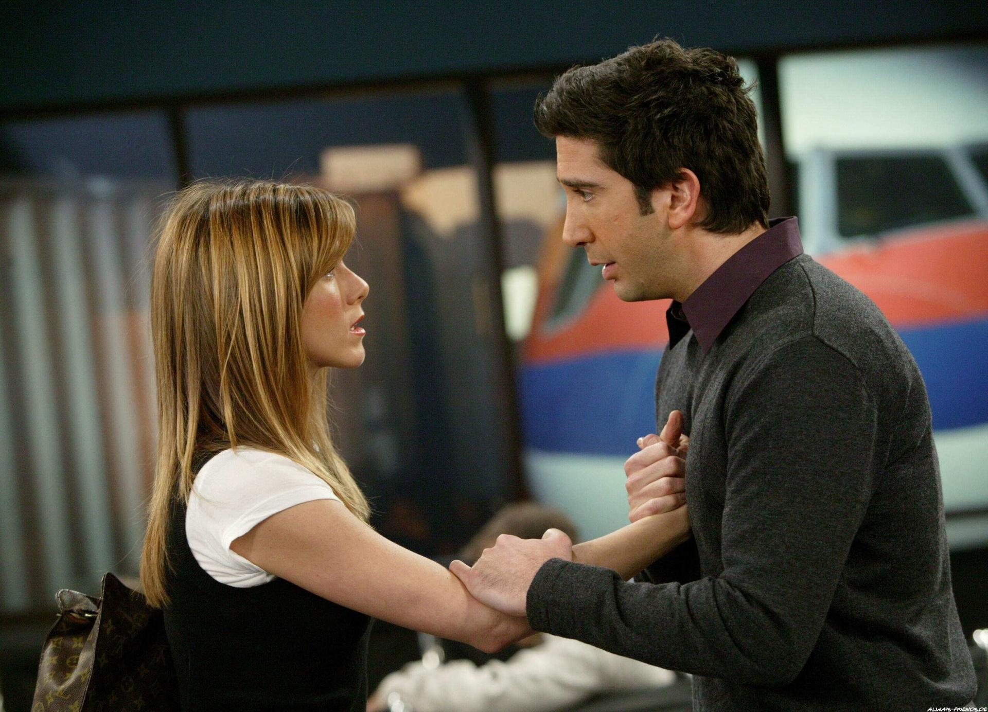 Why Did Ross & Rachel Break Up on 'Friends'? Here's Proof It