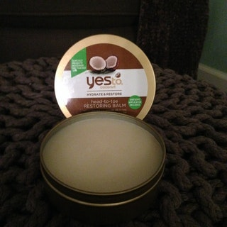 Coconut oil is all these rage these days. It has literally become the go-to treatment for most anything. This is because it truly is powerful stuff. It is an all-natural healer that is affordable and readily available, so why not take advantage of its magic?