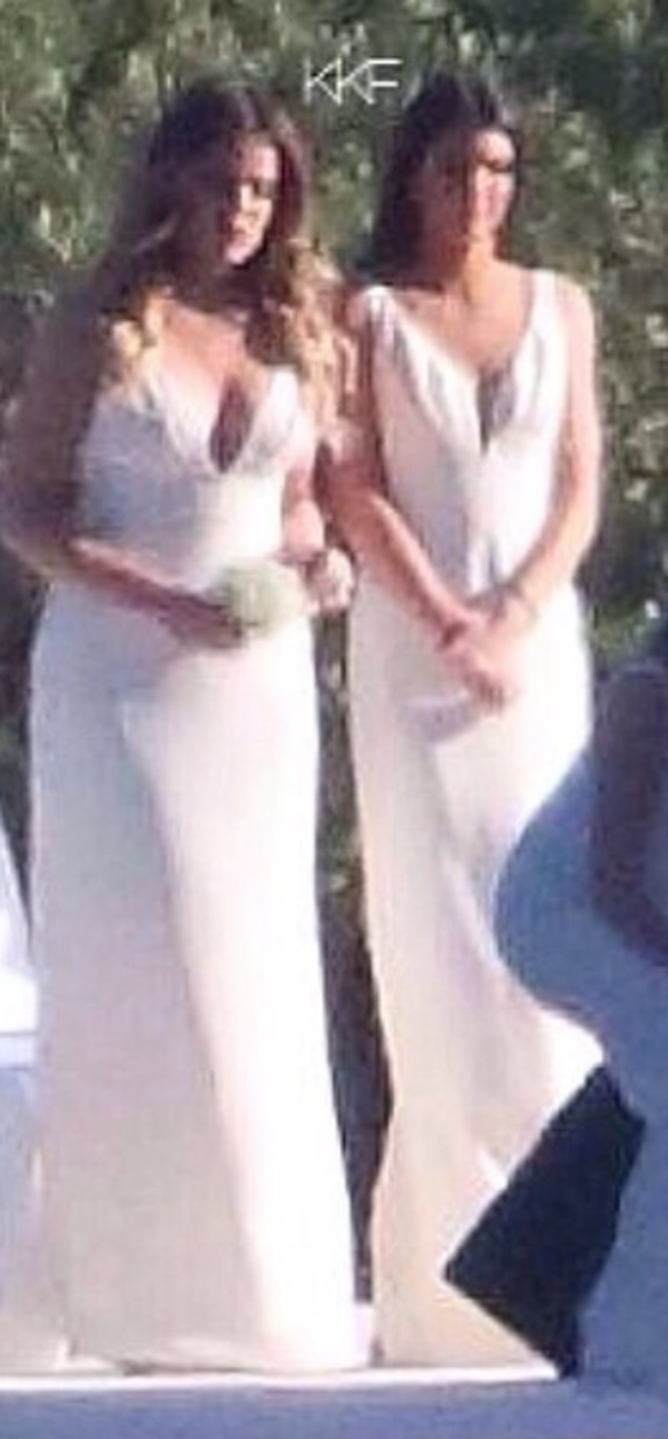 What did kendall and kylie wear to kims wedding the bridesmaid image instagram diamondpot ombrellifo Image collections
