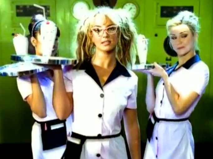 19 iconic 39 90s music video outfits from female solo for 90 s house music artists