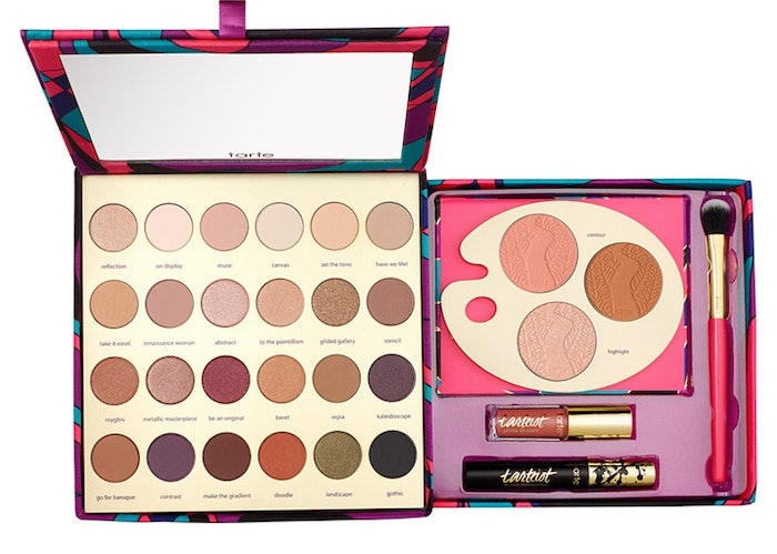 Paint Palettes We Love: 16 Holiday 2016 Makeup Sets That Everyone On Your List