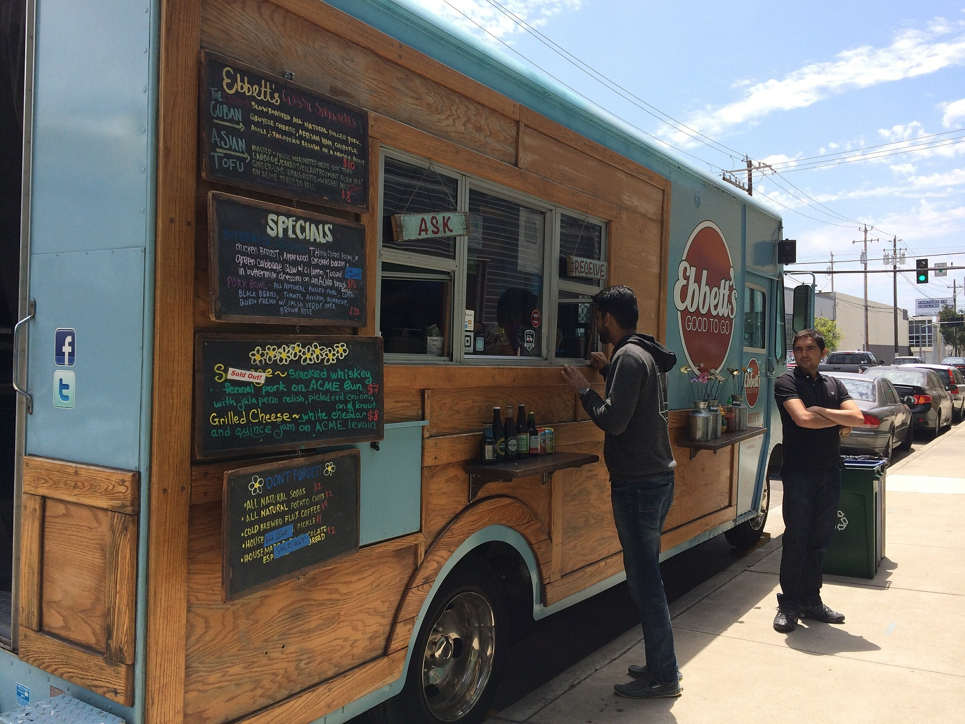 10 Best Food Trucks In The US To Visit On National Truck Day
