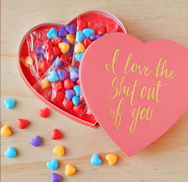 22 Funny Valentine\'s Day Gifts to Get Your Significant Other ...