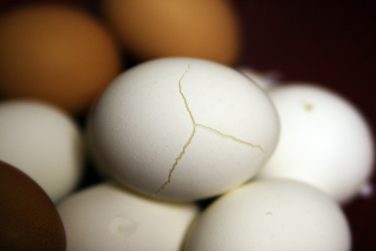 How Long Do Hard Boiled Eggs Last? Here's What To Know About ...