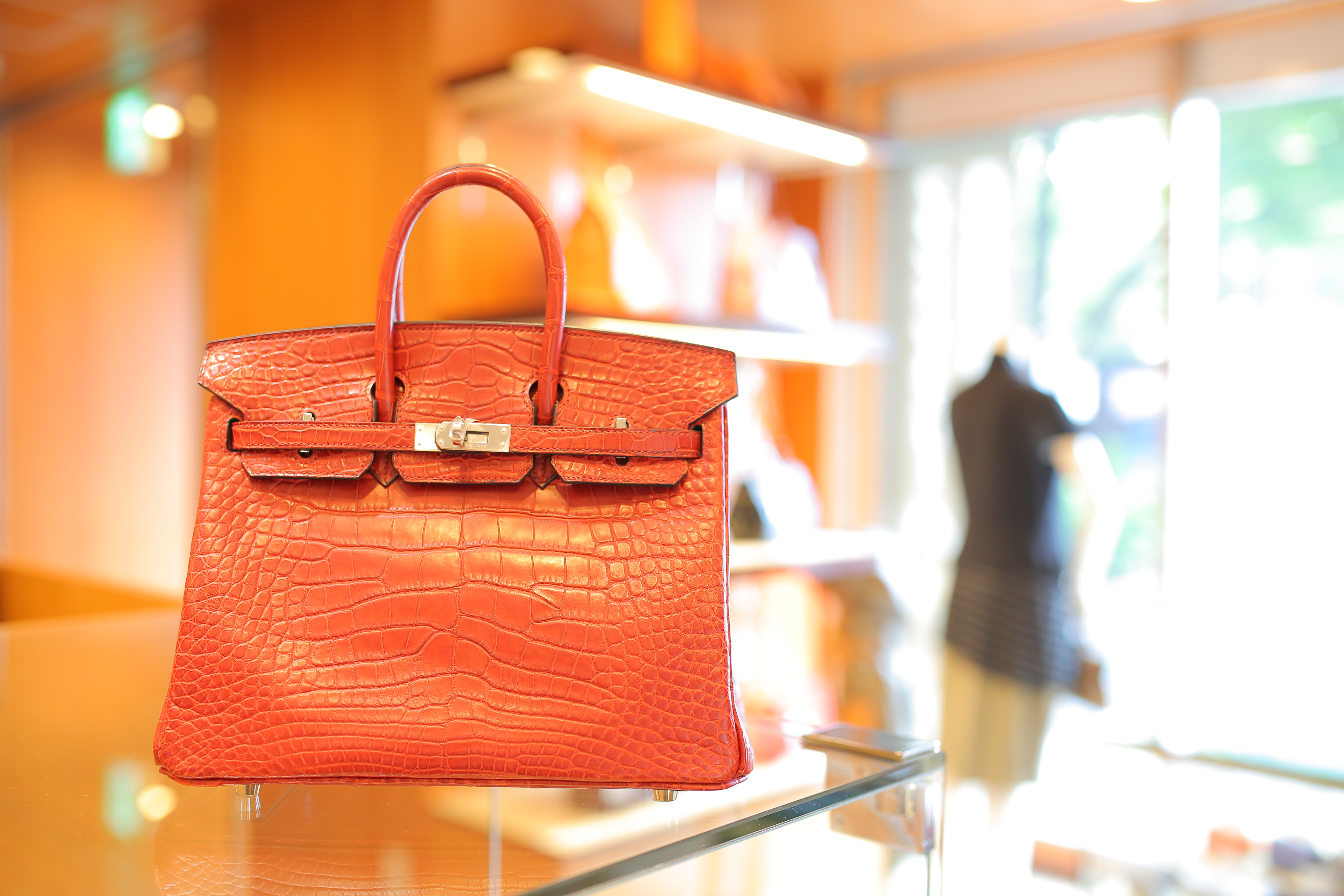 hermes knockoff bags - How Much Does A Hermes Birkin Bag Cost? The Same As 32,500 Pints ...