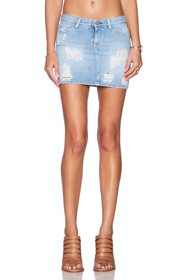 Kendall Jenner Rocks Denim Miniskirt Like It S 2005 Again