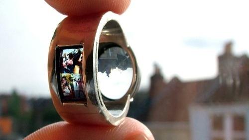 21 Wonderfully Unique Engagement Rings That Make Marriage Seem Fresh
