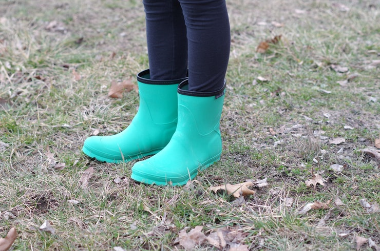 The 10 Most Comfortable Rain Boots for Spring (Yes, They Really Do ...