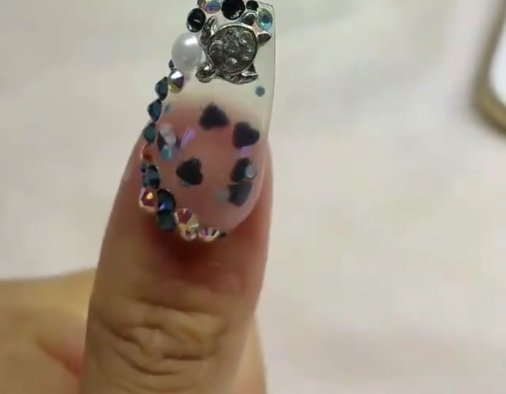 Acquarium Nails By Tony S Have Been Viewed Over 13 Million Times On Facebook Here How To Get The Aquatic Look