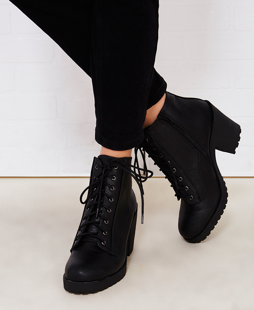Boots With Chunky Heels - Is Heel