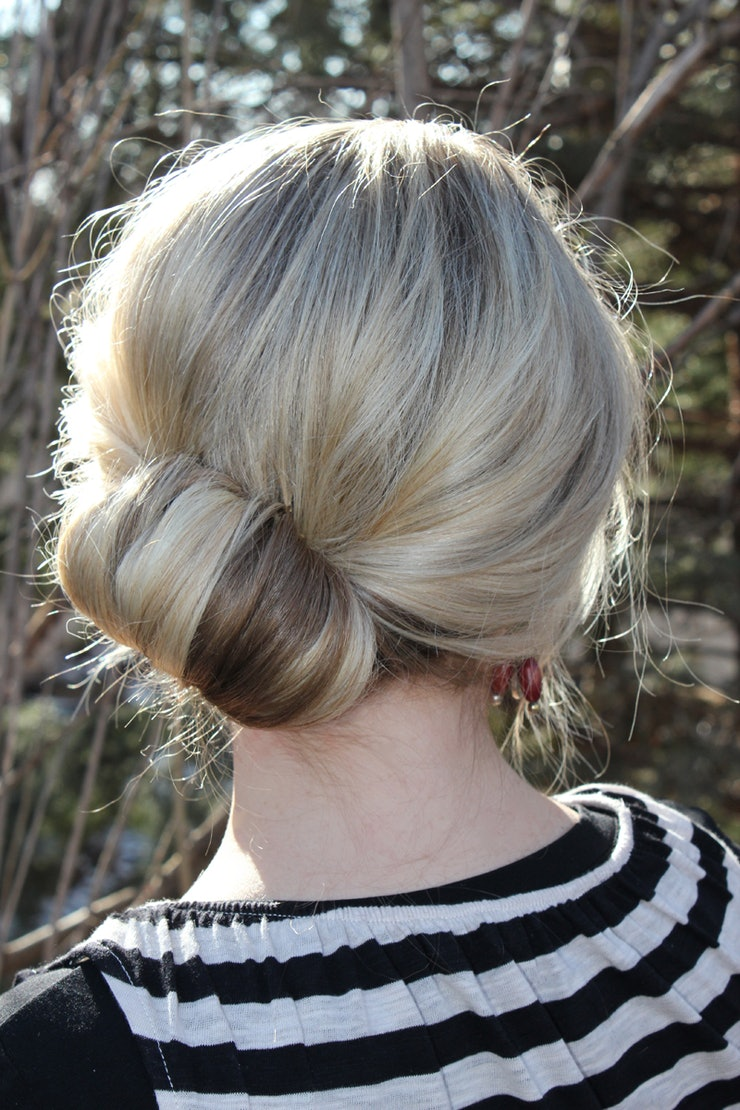modern topsy tail hairstyles that make your favorite childhood