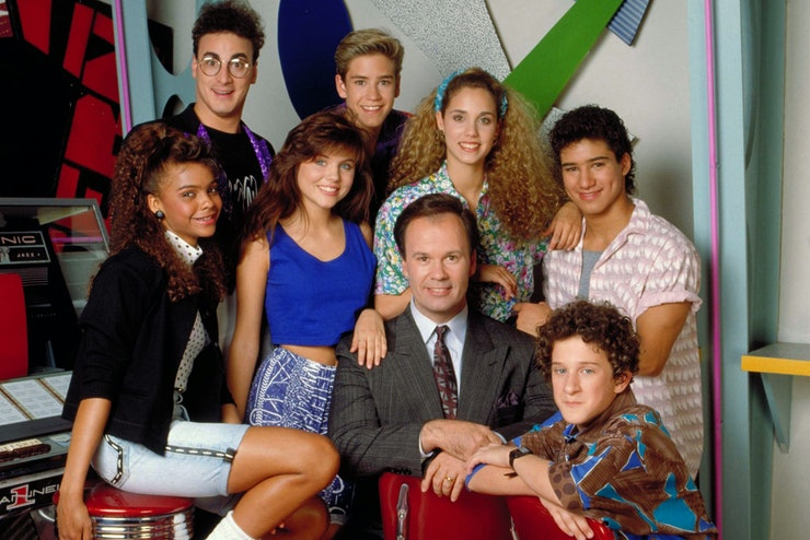 heres what you need to dress up like kelly jessie and lisa - Saved By The Bell Halloween Costume