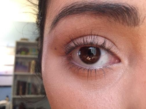 eyelash curler before and after. hack #1: heating up my eyelash curler before and after