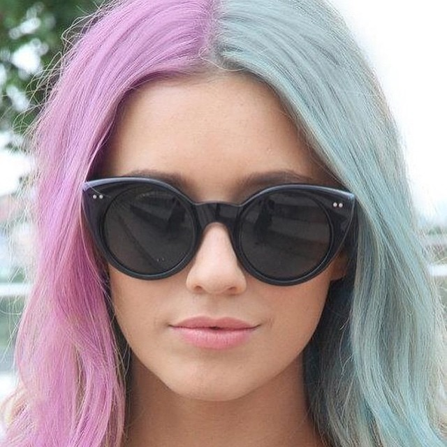 HalfAndHalf Hair Dye Ideas Thatll Inspire You To Try The - Cool hairstyle ideas
