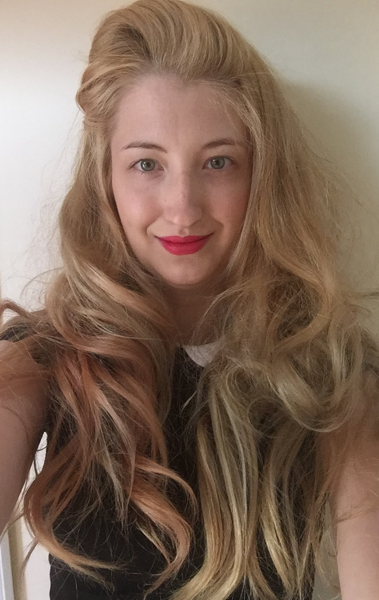 5 pinup hairstyles to recreate at home if you want to become a however this crazy do is what the rest of my hair looked like not remotely pinup at all urmus Gallery