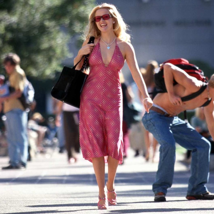 How To Get Elle Woods Legally Blonde Style For When You