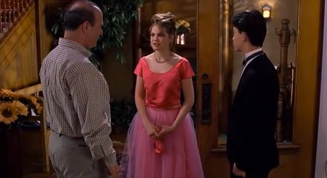 10 Things I Hate About You Prom: Ingrid Nilsen Wears Crop Top & Maxi Skirt Resembling A
