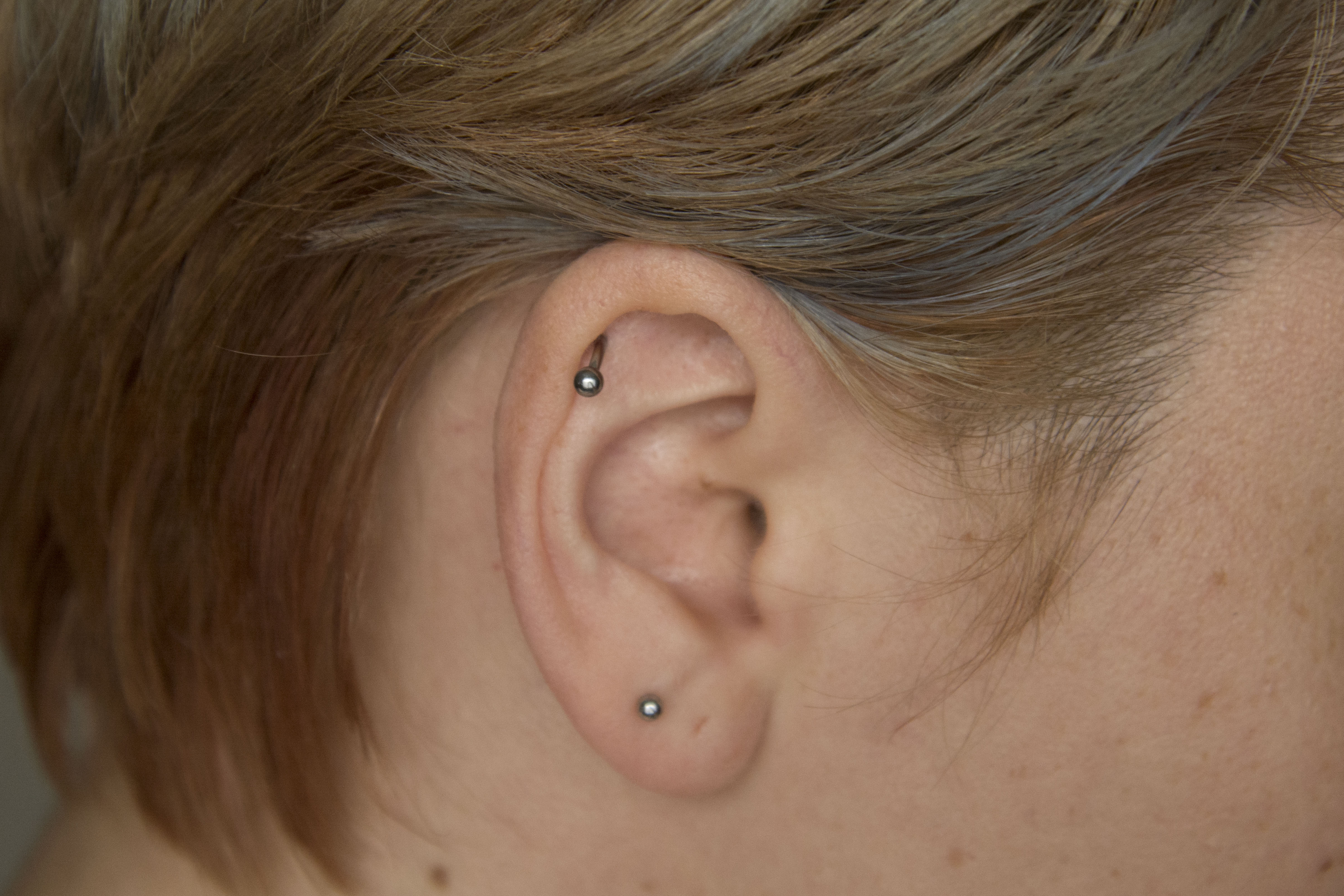 9 Cartilage Piercing Truths To Know Before You Go Under The Needle
