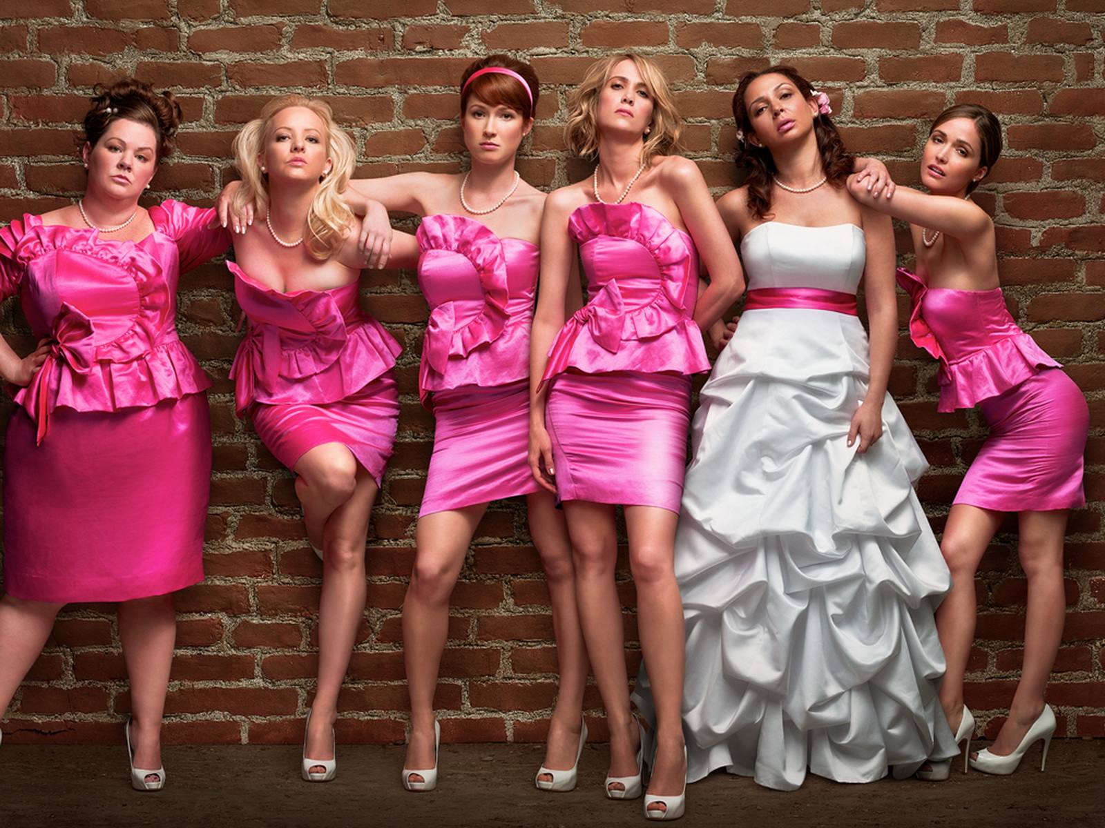 11 ugly bridesmaid dresses from tv and movies that will make you 11 ugly bridesmaid dresses from tv and movies that will make you happier about your own ombrellifo Image collections